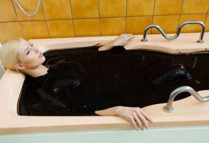 Грязевые ванны при лечении протрузии