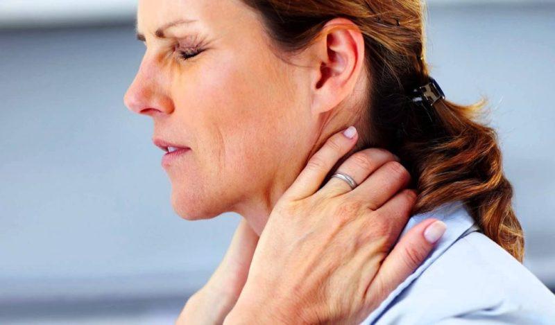 Возникновение головной боли при шейном остеохондрозе